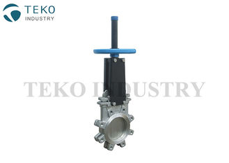 China Stainless Steel Knife Valve Metal Seated Full Lug ANSI B16.5 Connection For Corrosive Fluid supplier
